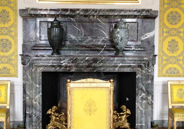 Pierre Finkelstein Versailles palace real marble mantle mixed campan