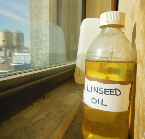 Sun bleached linseed oil