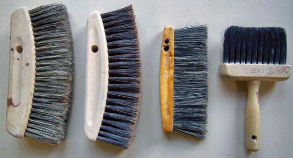 p-finkelstein-dusting-brush-1