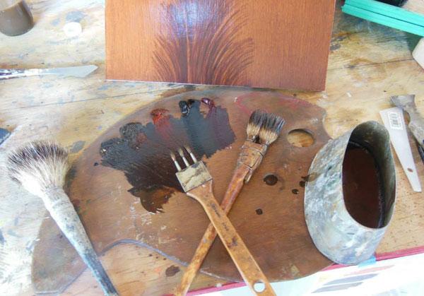 woodgrain painter's palette